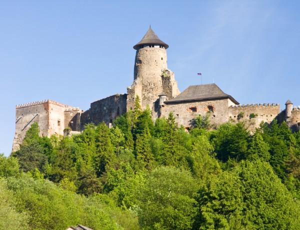 lubovna_castle